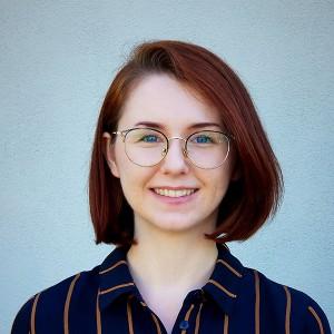 Erin Rugland headshot